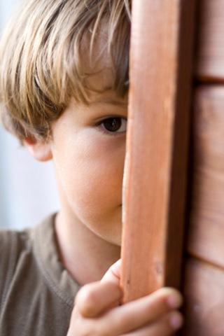 ¿Porqué al proteger a tus hijos les transmites miedo?